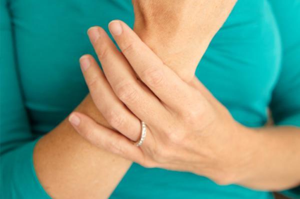 Rheumatoid Arthritis – Symptoms, Causes and Home Remedies ...  Rheumatoid Arth...