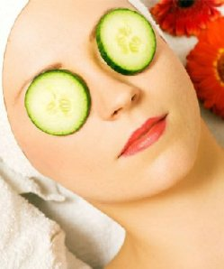 Natural Home Remedy Using Cucumber and Potato