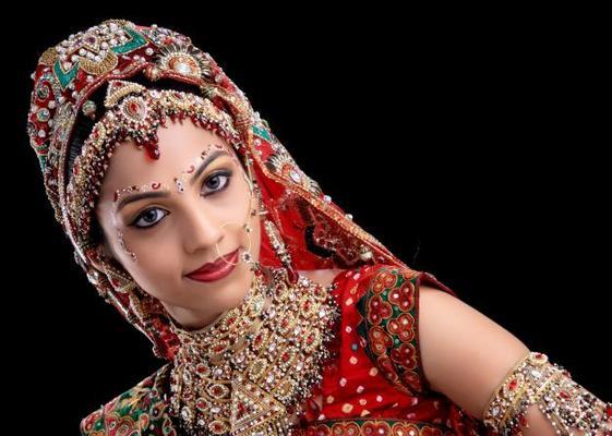 Newlook Beauty Salon Complete Details Saloni Health Beauty