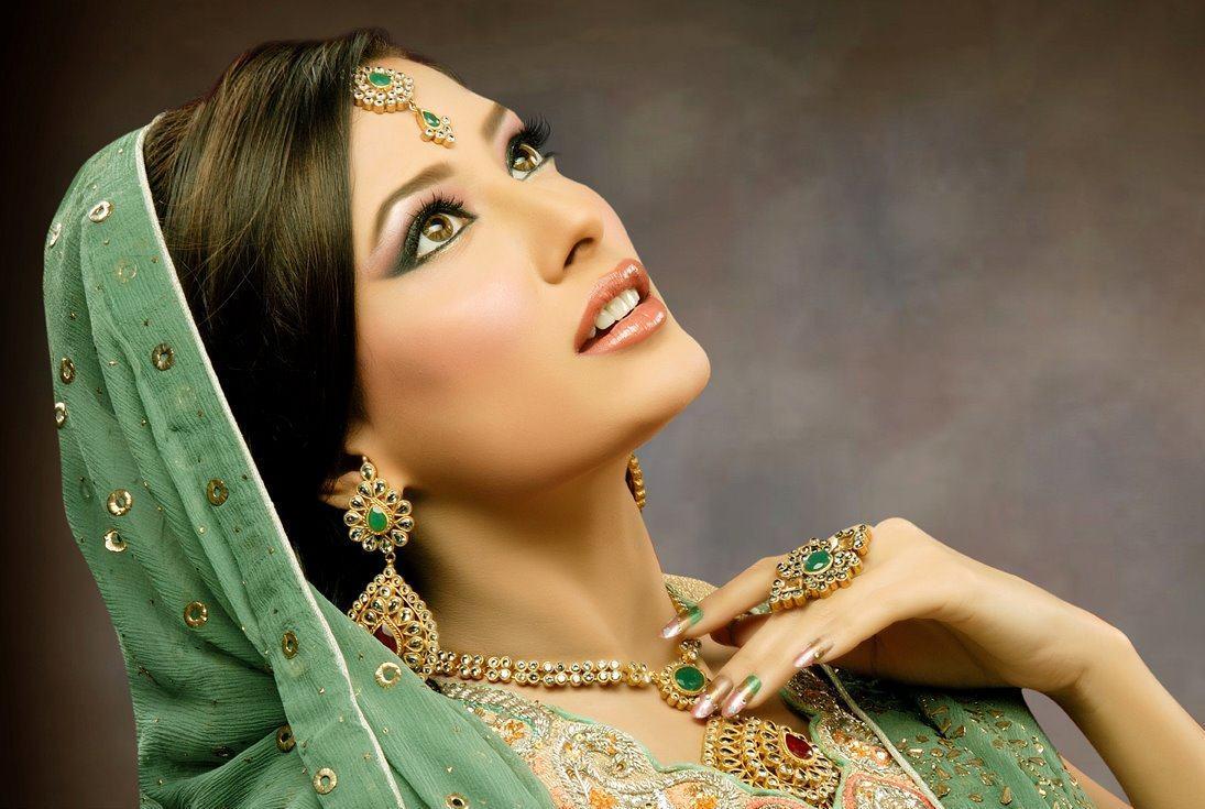 Seeme Beauty Parlour Complete Details Saloni Health Beauty