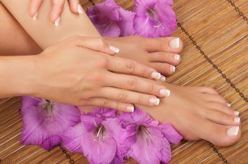 Hand & Feet Services1