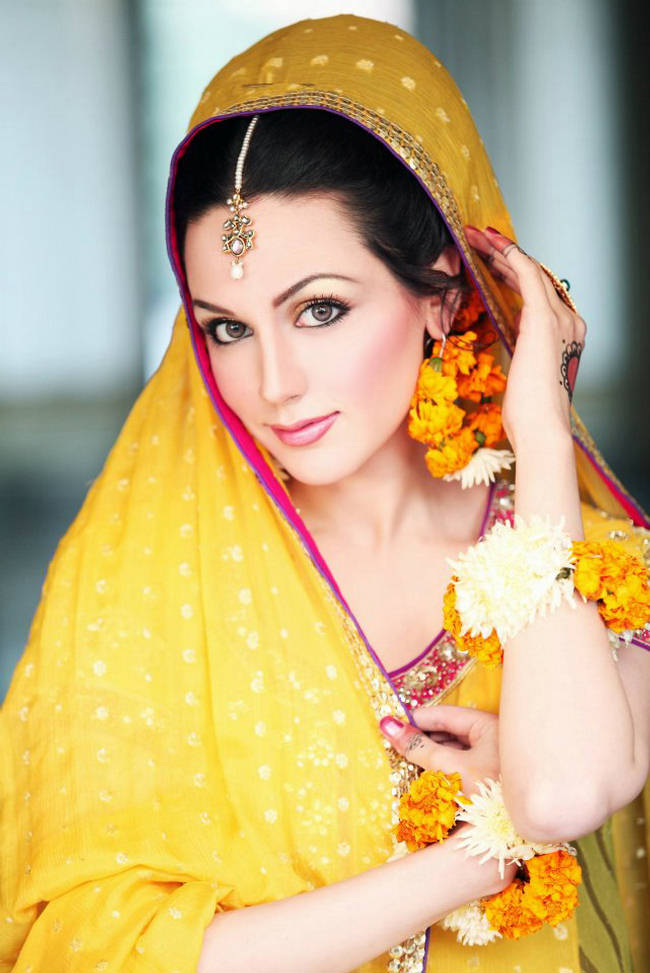 Mehndi Party Makeup : Madeeha s bridal salon and studio complete details