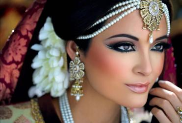 Pictures Of Makeup With Models1