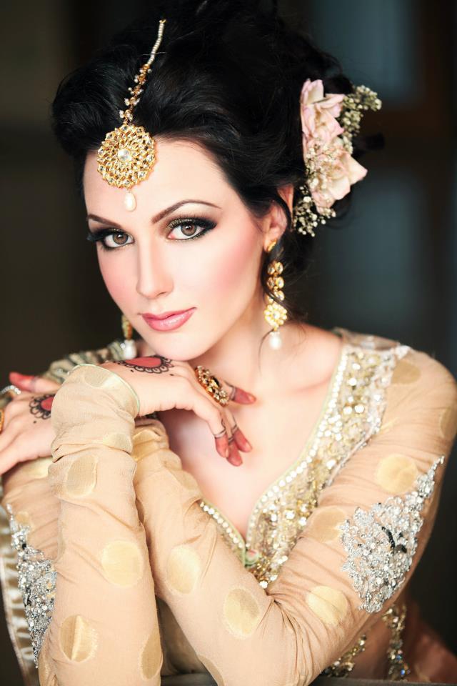 Amberu2019s Salon U0026 Training Institute Karachi U2013 Complete Details U2013 Saloni Health U0026 Beauty Supply ...