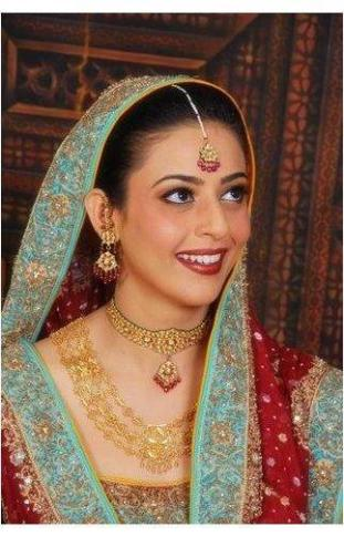 Real Brides Pictures2