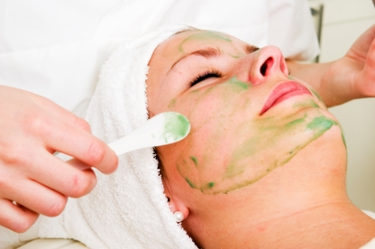 Aloe Vera facial preparation at a beauty spa.