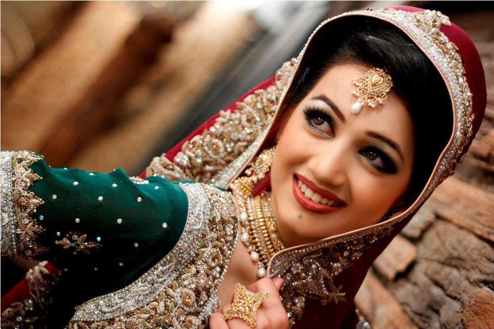Heer Beauty Parlour Complete Details Saloni Health