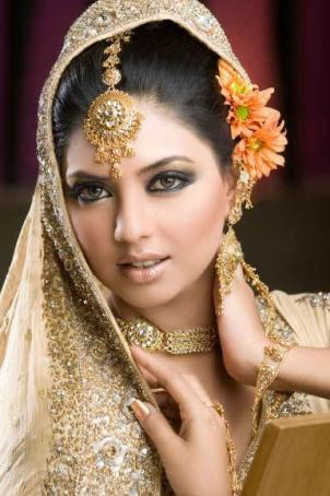A Soft Bridal Makeup 2012