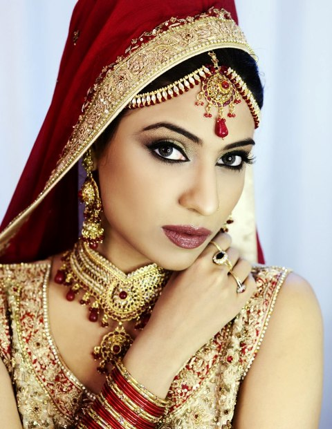 Latest Dulhan Makeup By Kasheeu2019s Beauty Parlour U2013 Complete Details U2013 Saloni Health U0026 Beauty ...