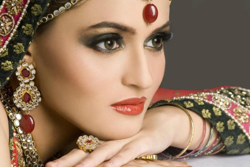 Bridal makeup meaning in hindi