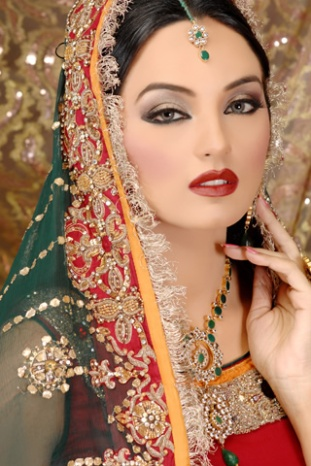 Latest Bridal Makeup By Kashif Aslam