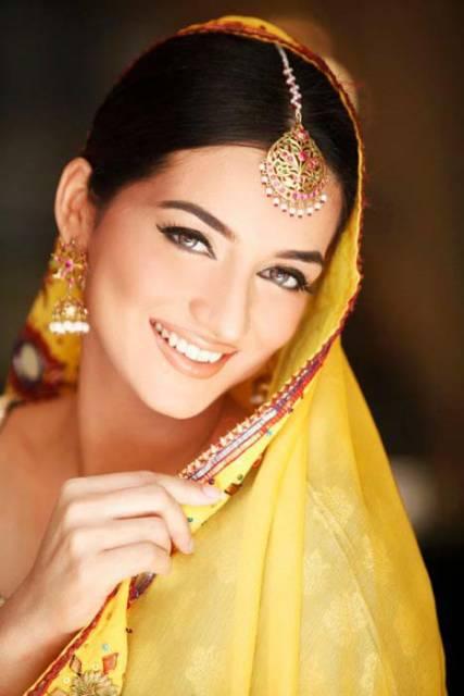 Mehndi Dulhan Makeup : Latest dulhan walima mehndi makeup by blazon salon and