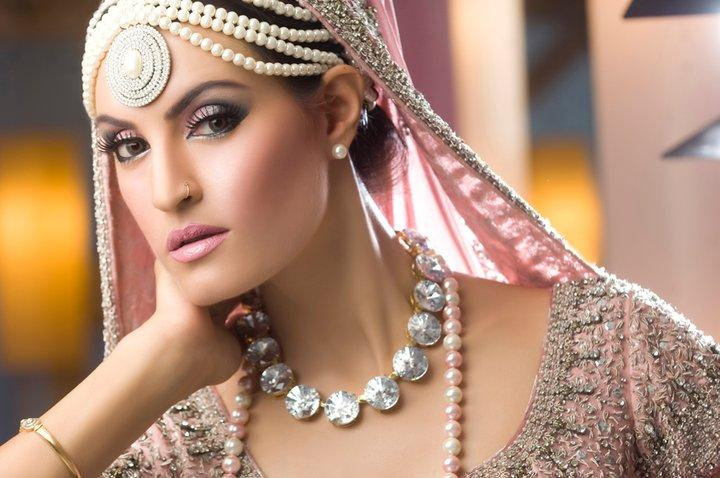 Top Beauty Makeup Tips For Brides And Models: Latest Nabila Makeup Shoot For Models And Brides