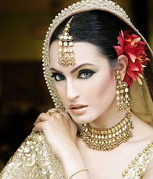 Mayoo Makeup By Kashee's Beauty Parlour