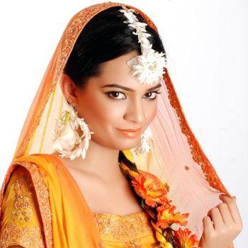Mehandi Designs By Kashee's Beauty Salon