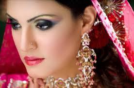 Model Bridal Makeup2