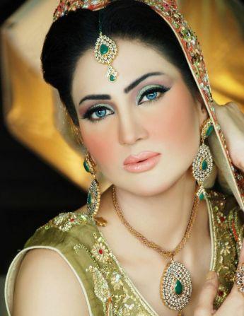 Model Bridal Makeup4