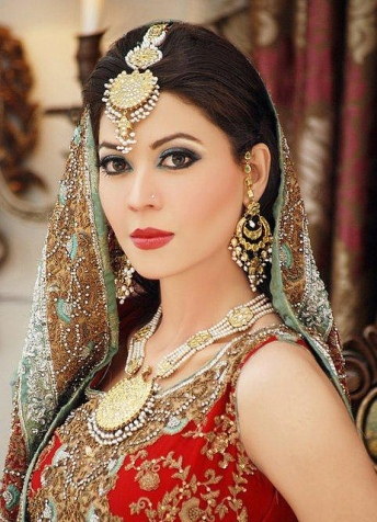 Model Bridal Makeup5