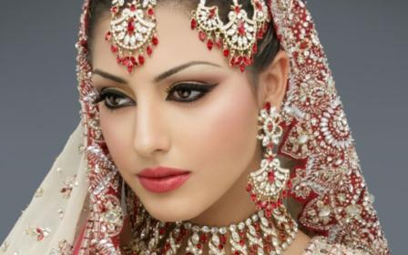 Nina G Beauty Parlor For Women