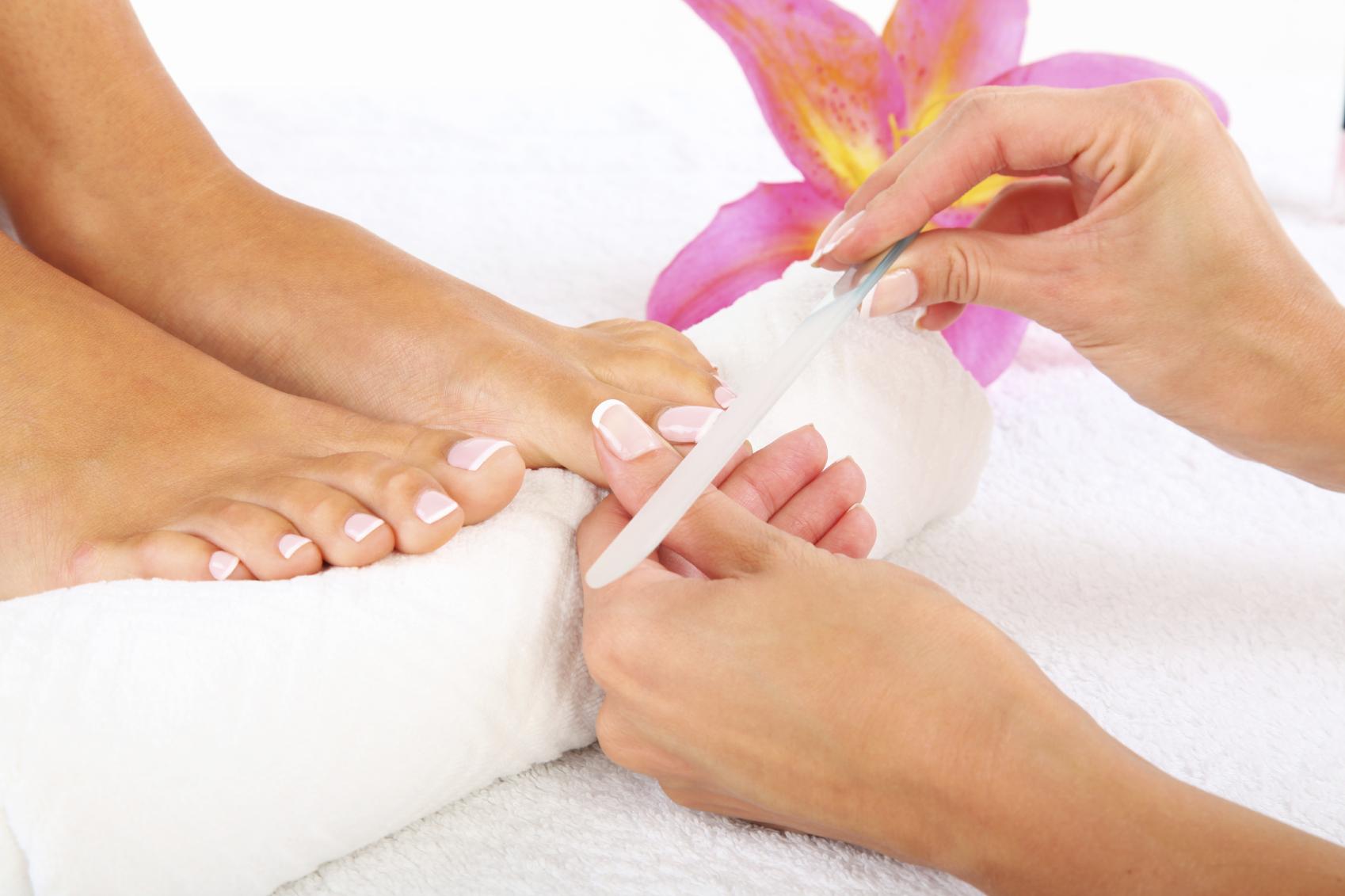 Sapna Beauty Parlor – Complete Details – Saloni Health