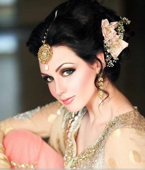 N Pro Nabila Saloon Latest Makeup And Hair Styles Saloni