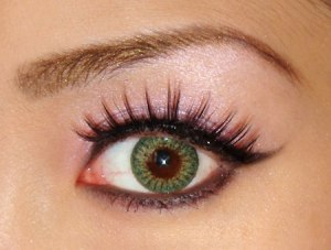 Using Eye Shadow after Applying Shimmer