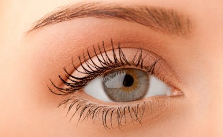 Best Home Remedies for Long Eyelashes – Saloni Health & Beauty Supply