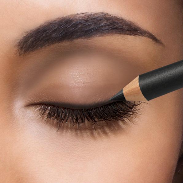 Applying The Liquid Liner Rightly On Your Eyes U2013 Saloni Beauty Corner U2013 Saloni Health U0026 Beauty ...