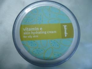 Fabindia Vitamin E Skin Hydrating Cream For Oily Skin