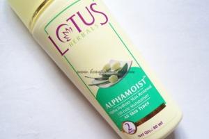 Lotus Herbals Alphamoist Alpha Hydroxy Skin Renewal Oil Free Moisturizer