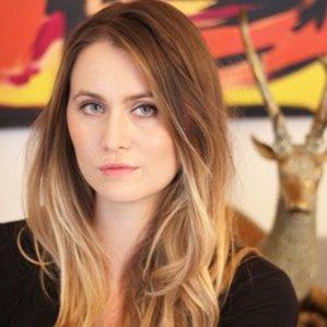 Alexis Johnson, Beauty Bender