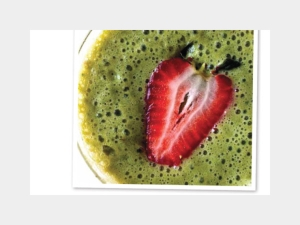 Strawberry Fields Delectable Detox Smoothie