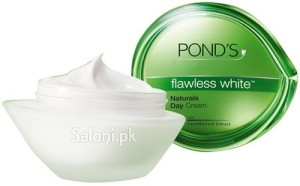 Saloni Product Review – Pond's Flawless White Naturals Day Cream
