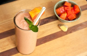 Healthy High-Protein Papaya Ginger Smoothie
