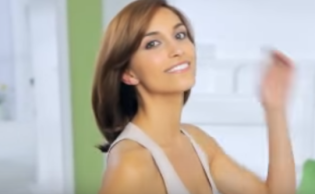 FireShot Capture 353 - Hair Color Application Tips by Garnier Nutri_ - https___www.youtube.com_watch