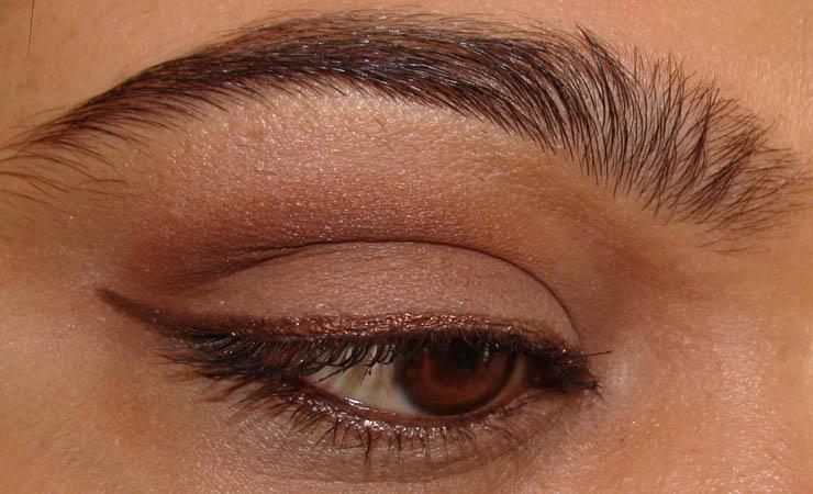 metallic-colors-for-brown-eyes