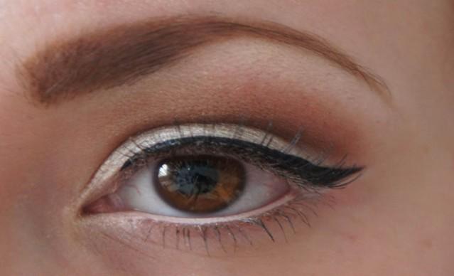 white-eyeliner-makeup-for-brown-eyes