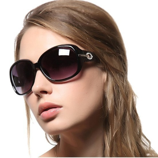 Cool-Sunglasses-for-Oval-Face-Women.jpg