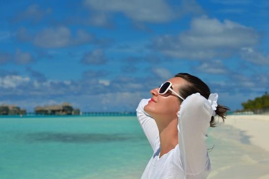 photodune-5210385-happy-woman-enjoy-summer-time-xs.jpg