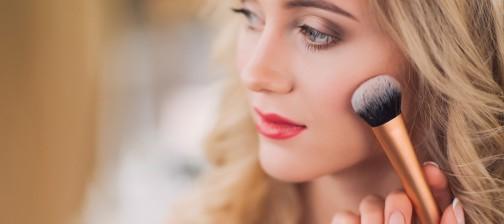 VineVera-Sweatproof-Makeup-Tips-504x224.jpg