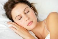 woman-sleeping_5128318