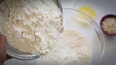 wheat-flour-honey-and-egg-white-face-mask